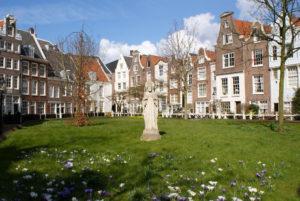 """Begijnhof à Amsterdam, Beguinage ou """"monastère"""" pour femme [Vieille Ville]"""