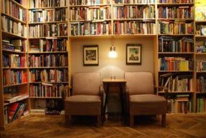 Massolit, café-librairie à Cracovie : Joli et agréable [Piasek]