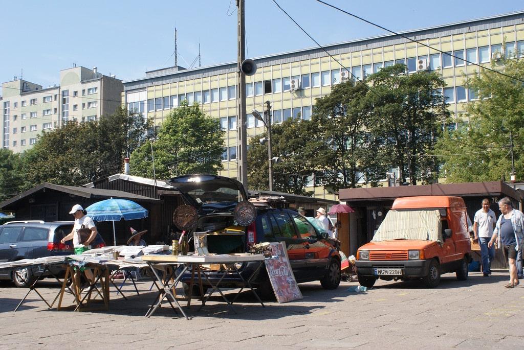 Bazar na Kole et Bazar Olimpia, marchés aux puces à Varsovie [Wola]
