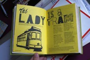 Guides et livres de voyage : Papier, en ligne, sur tablette