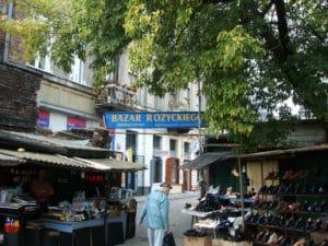 Le marché aux puces Różyckiego à Varsovie [Praga]