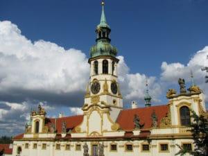 Loreta, l'église Notre Dame de Lorette à Prague : Diamants et anges [Hradcany]