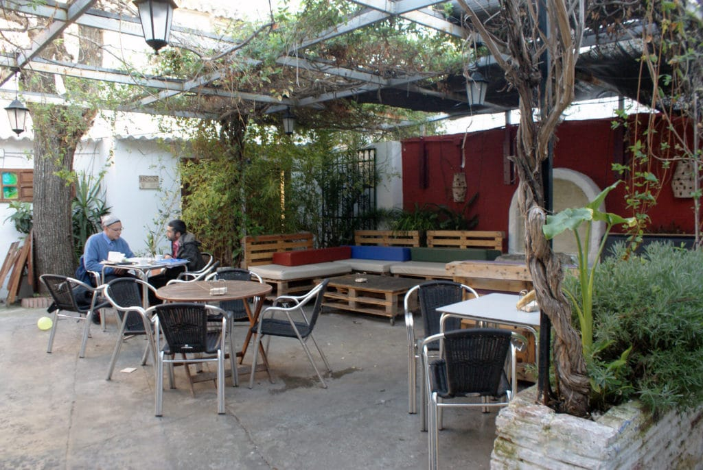 Bar de l'Albaicín, l'ancienne médina de Grenade.