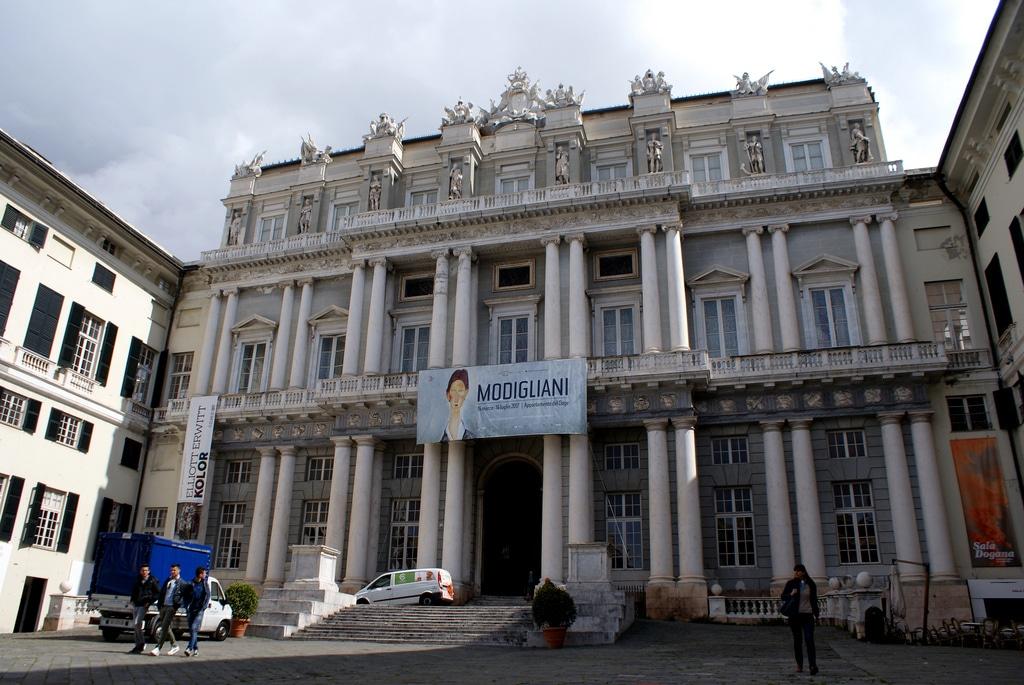 Palazzo Ducale à Gênes, plus grand centre culturel d'Italie [Vieille Ville]