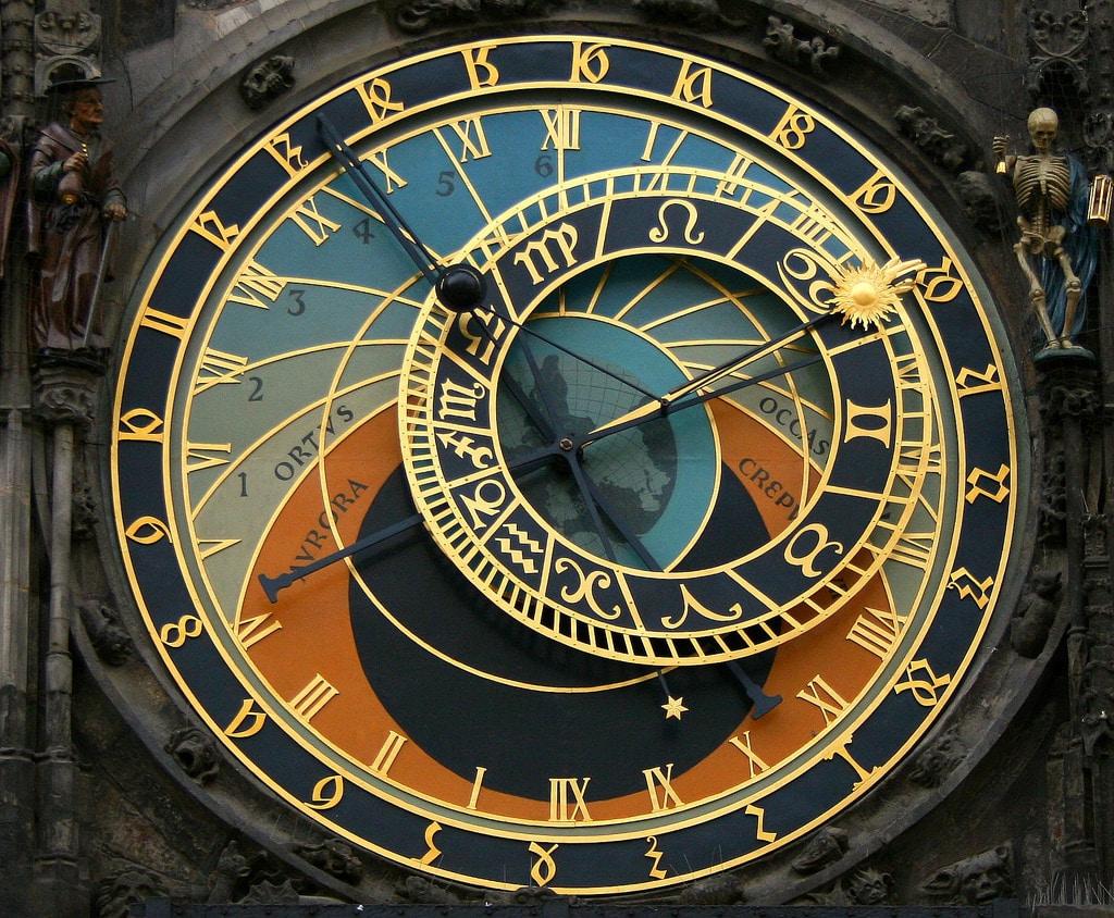 Horloge astronomique à Prague : En réparation ! [Vieille Ville]