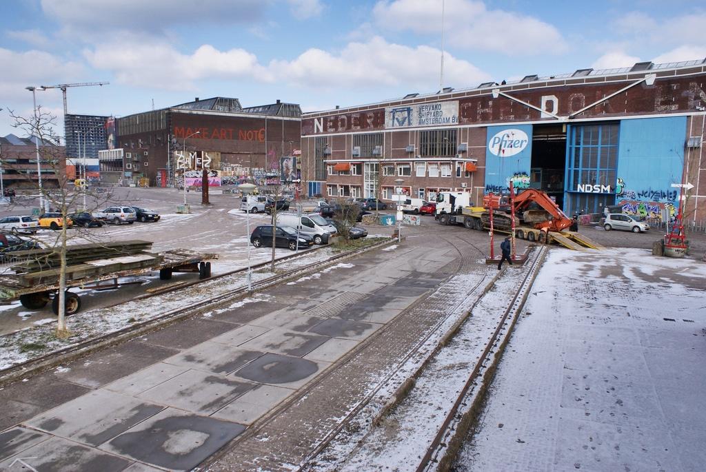 NDSM à Amsterdam : RDV avec le port industriel, street art et bars