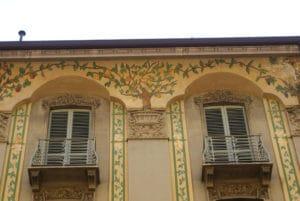 Architecture à Turin : Façades, balcons et fenêtres
