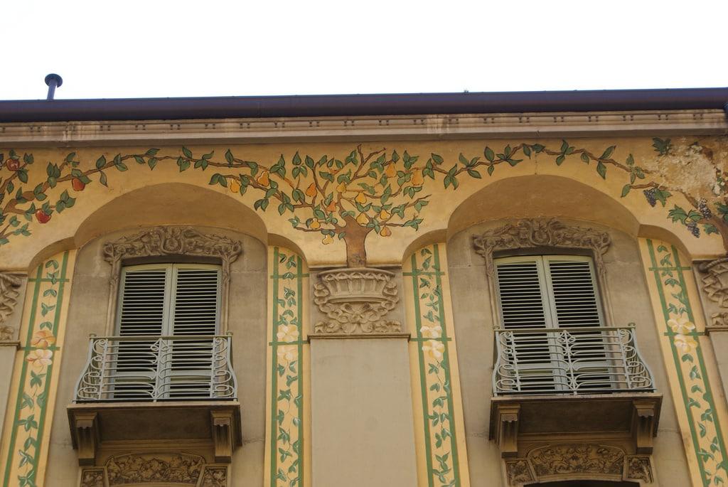 architecture turin fa ades balcons et fen tres vanupied