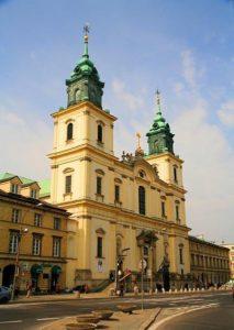 Eglise de la Sainte Croix à Varsovie : Jesus à terre et Chopin dans le pilier [Śród. Nord]