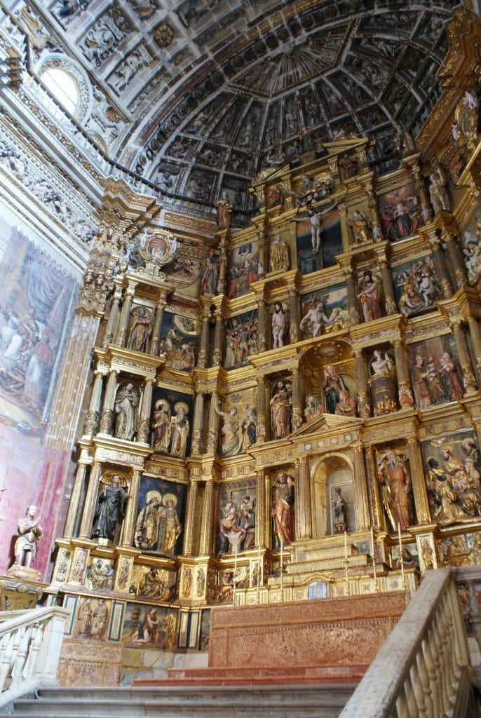 Maitre autel du monastère de San Jerónimo à Grenade.