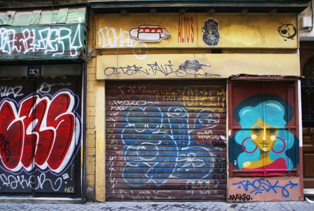 Dans une rue du quartier d'Alameda à Séville.