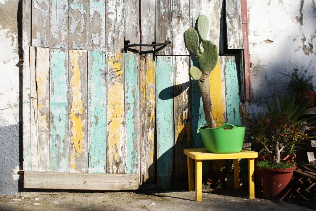 Street art ou street deco dans le quartier d'Alameda à Séville.