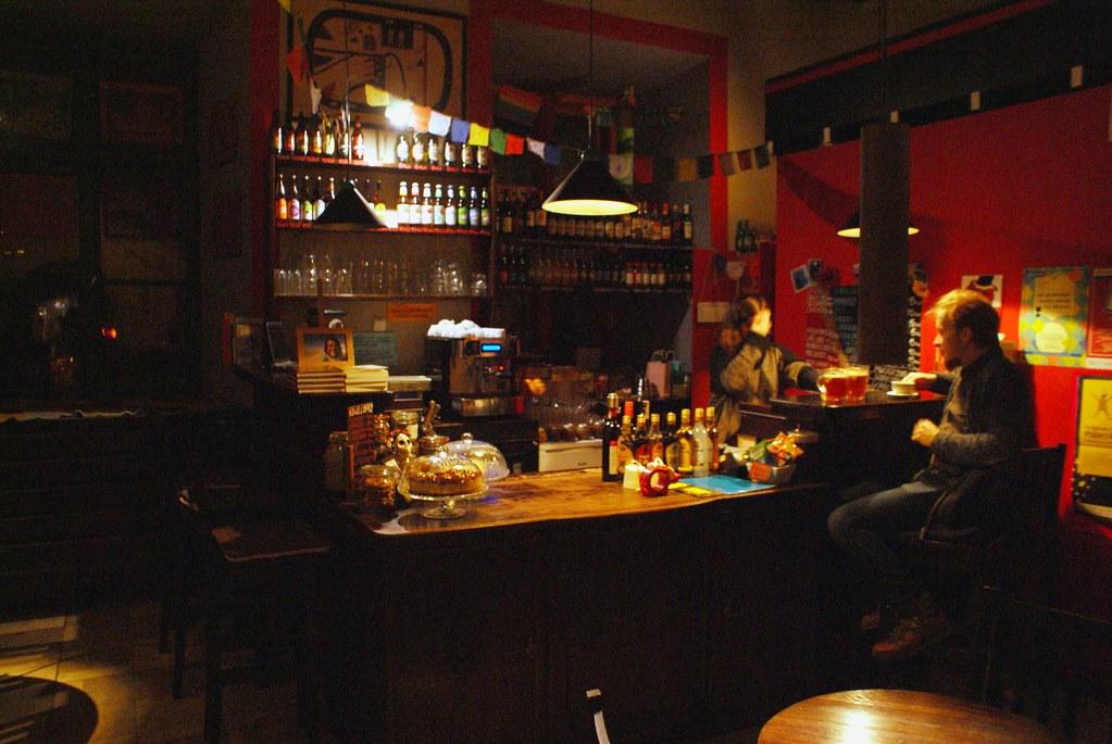 Bo No Bo, Café et librairie spécialisé voyage