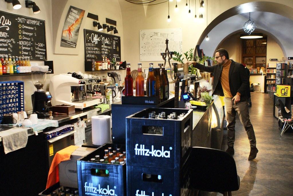 Café librairie De Revolutionibus à Cracovie