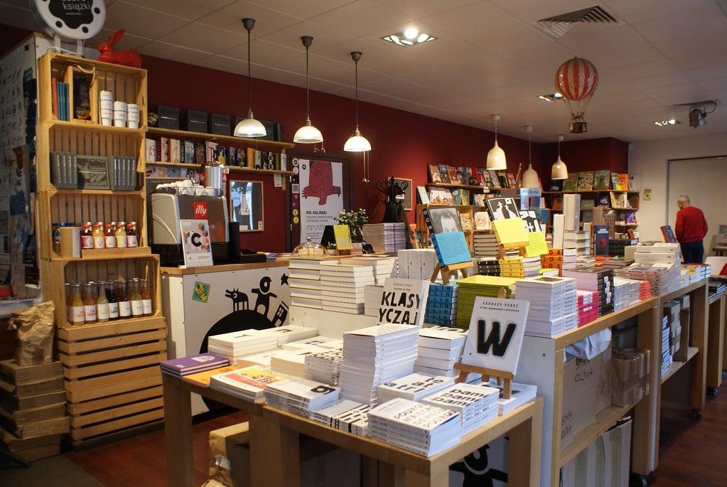 Café librairie Lokator à Cracovie