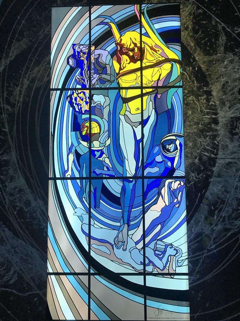 Apollo est un vitrail conçu par Stanisław Wyspiański pour la Société médicale de Cracovie datant de 1904. Une copie est visible au musée des vitraux de Cracovie.