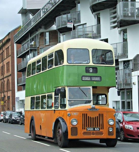 Metro à Glasgow & bus : Carte, tarifs, lieux d'intérêt par station