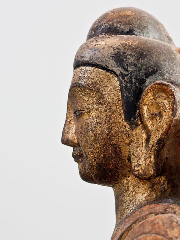 Portrait d'une sculpture de Bouddha au musée d'art orientale  à Stockholm - Photo de Michael Meinild Nielsen