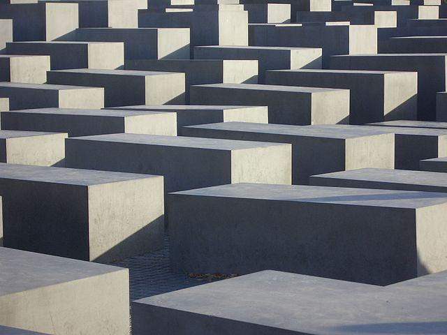 Mémorial de l'Holocauste à Berlin : Impressionnant et controversé labyrinthe [Tiergarten]