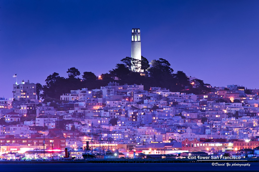 Coit Tower à San Francisco : Vue panoramique, femme pompier et communisme