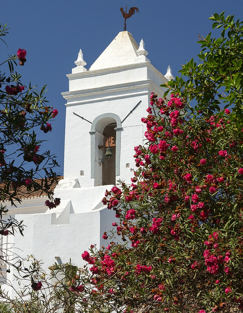 Clocher de l'église Igreja de Matriz de Santiago à Tavira - Photo de Peter K Burian
