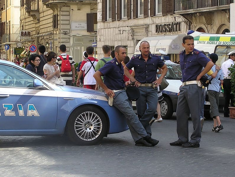 Voiture et scooter à Rome : Conseils de circulation