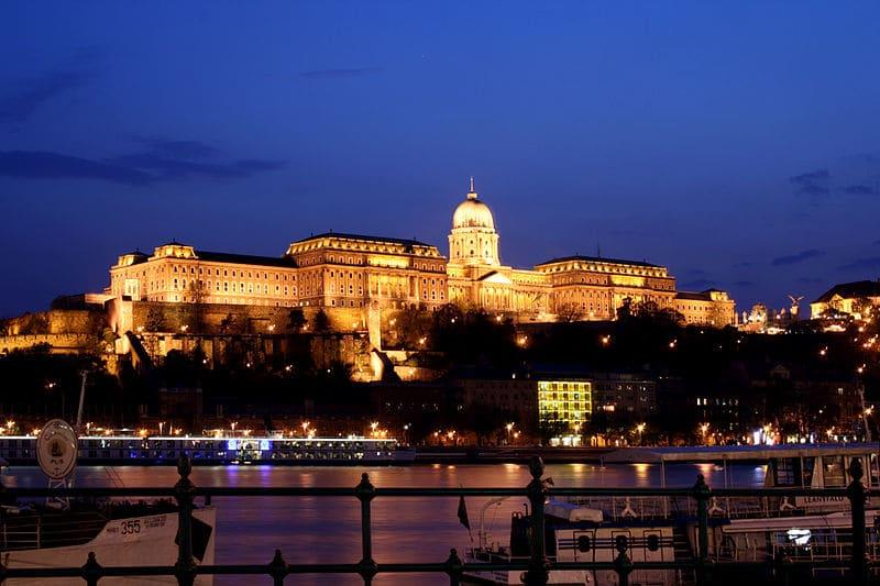 5 beaux appartement à louer à Budapest !