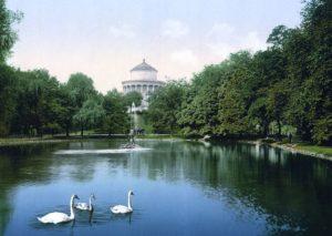 L'agréable jardin de Saxe dans le centre de Varsovie [Centre-Nord]