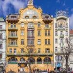 Place Venceslas à Prague : Symbole de l'indépendance tchèque [Nove Mesto]