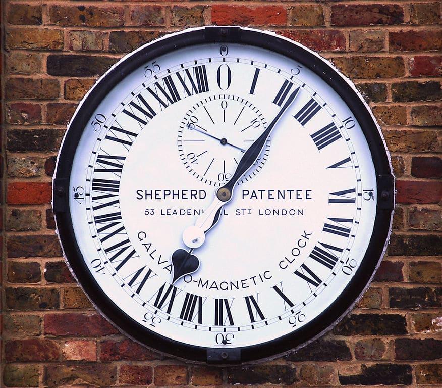 Horloge à l'observatoire de Greenwich à Londres - Photo d'Alvesgaspar