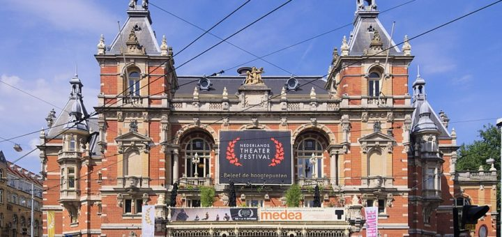 961px-Stadsschouwburg2C_Amsterdam_2335.jpg