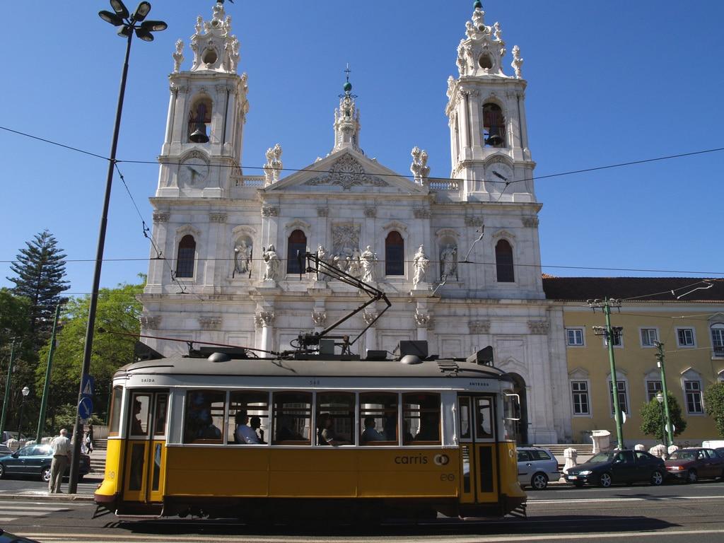 Basilique d'Estrela à Lisbonne : Belle et tranquille [Estrela]