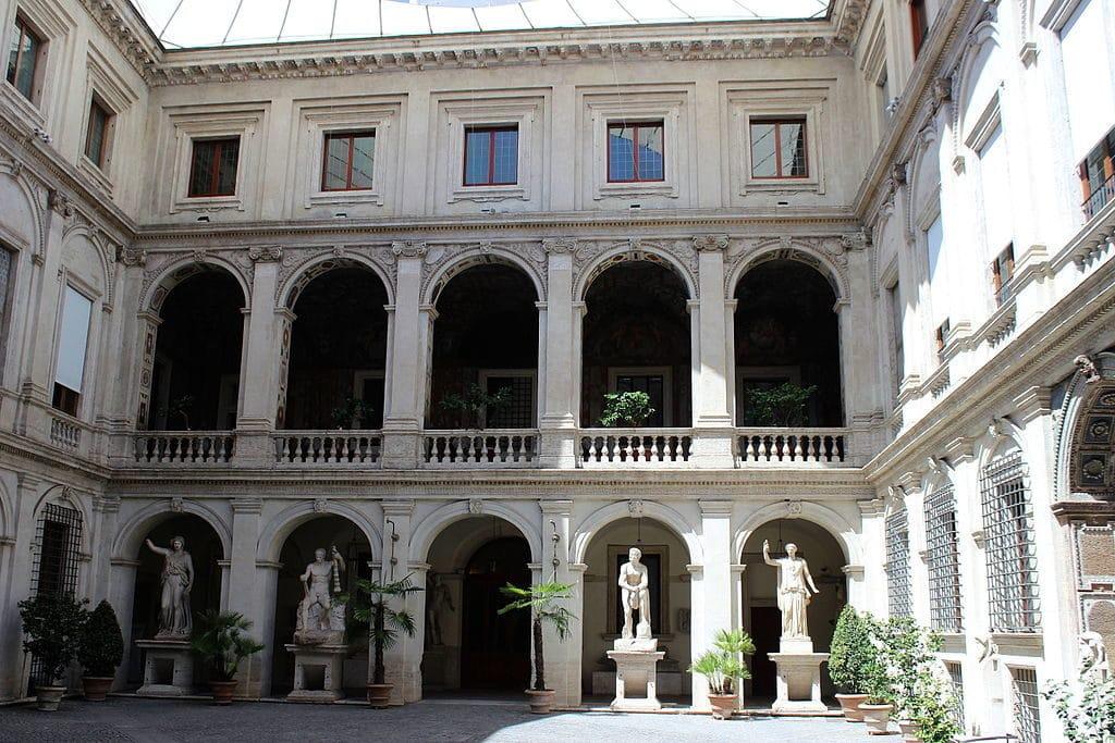 Cour du Palais Altemps à Rome - Photo Miguel Hermoso Cuesta