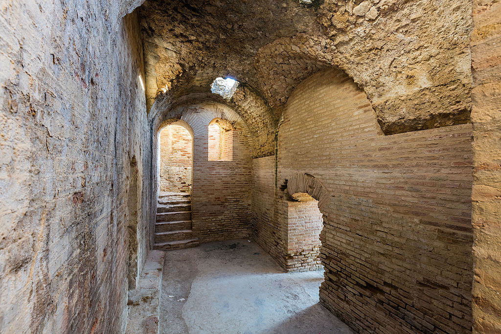 Dans l'amphithéâtre romain d'Itálica à Seville en Espagne - Photo de Diego Delso
