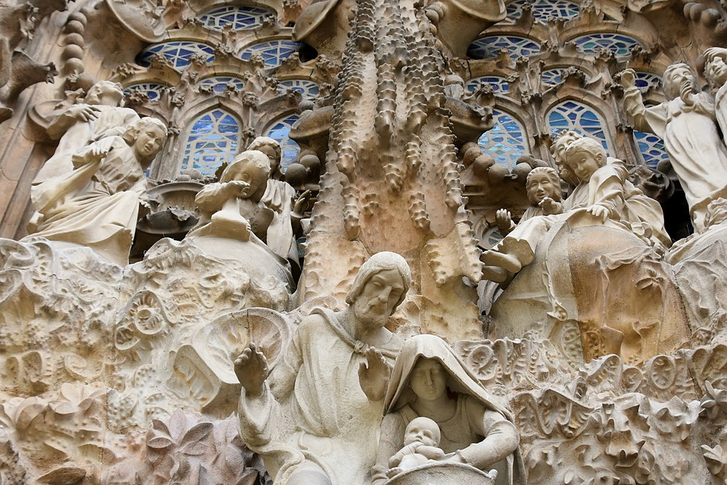Façade de la nativité sur la basilique de la Sagrada Familia à Barcelone - Photo de Richard Mortel