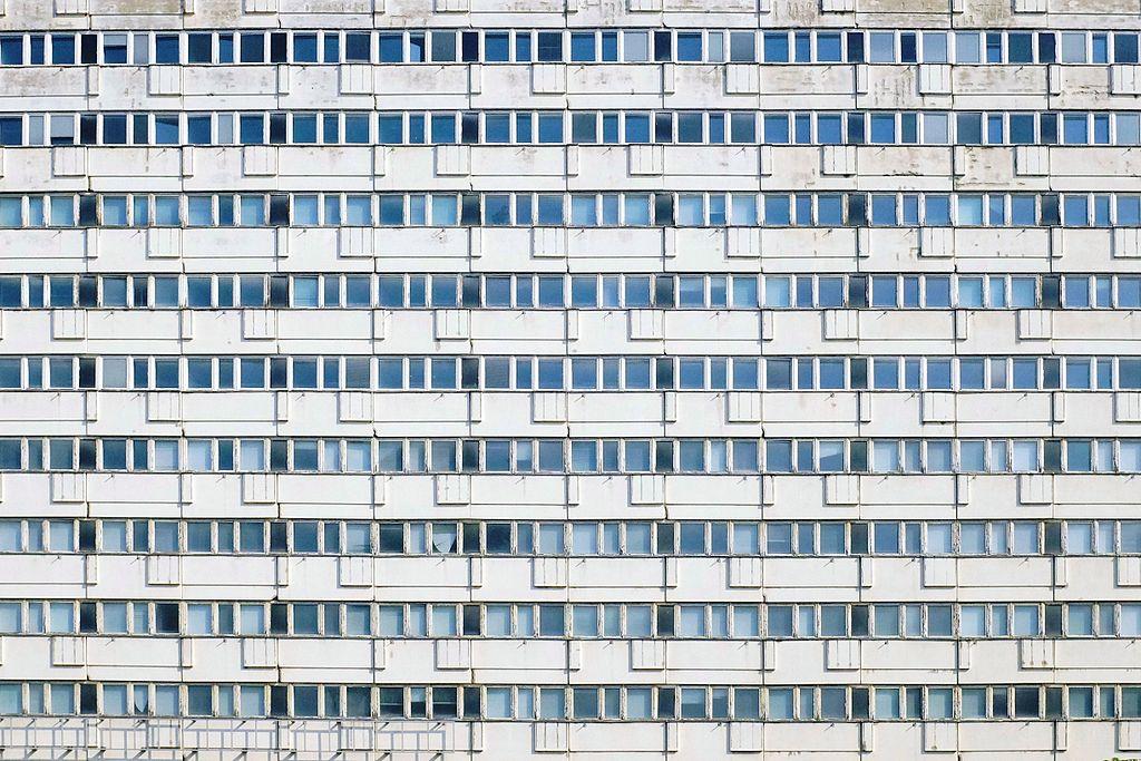 Monument de Berlin : Fenêtres de la Karl Marx Allee à Berlin - Photo de Spyrosdrakopoulos