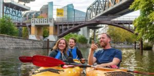 Visites guidées originales de Berlin : Kayak, street art, cuisine…