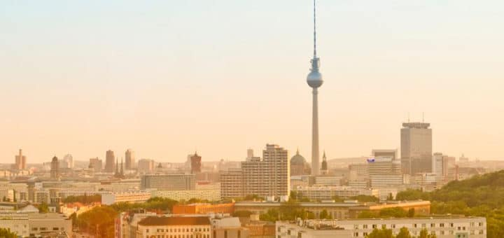 Berlin_city_skyline_philipp_von_ostau.jpg