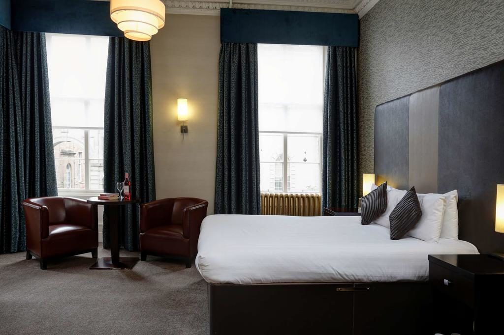 Agréable chambre du Best Western Glasgow city hotel.