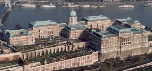 Buda-Castles01.jpg