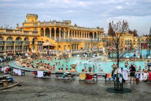 Bains Széchenyi, grandioses thermes de Budapest [Zugló]