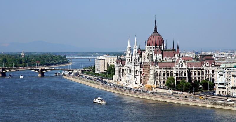 3 Visites guidées à Budapest : Incontournables, héritage juif et lieux alternatifs