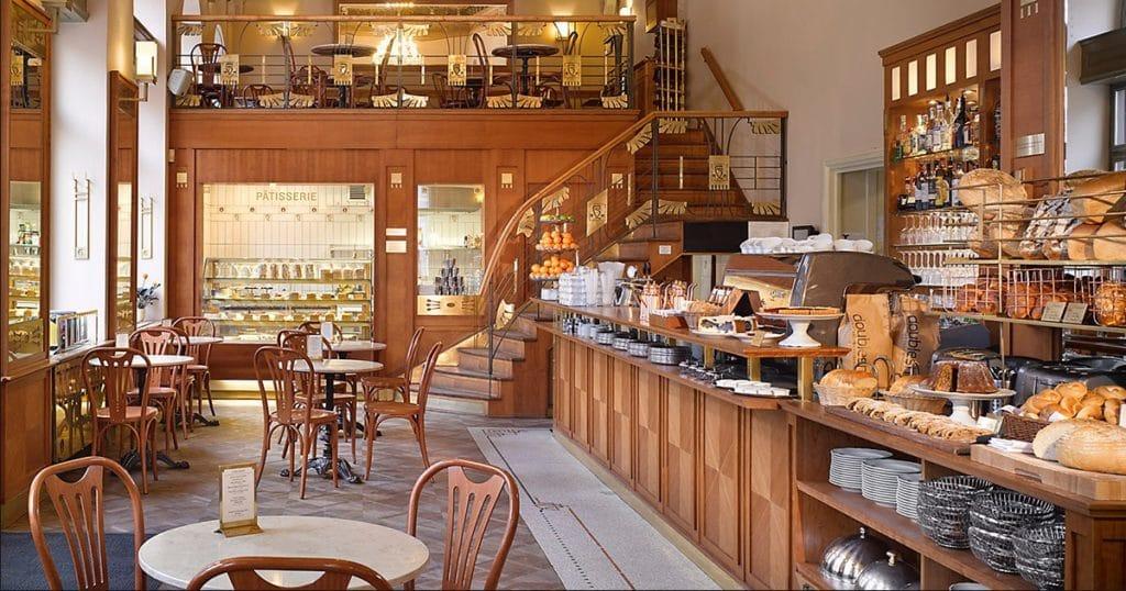 Café Savoy à Prague, café et restaurant au charme d'antan [Mala Strana]