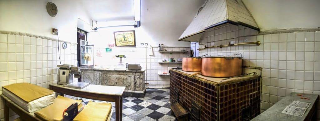 Cuisine traditionelle : Tripperia La Casana à Gênes.