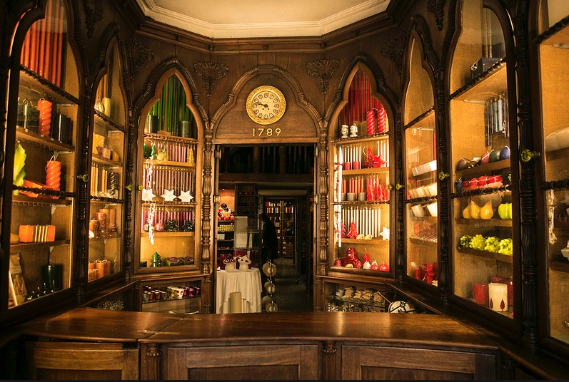 Une adresse pour les bougies faite main : Casa das Vellas Loreto à Lisbonne.
