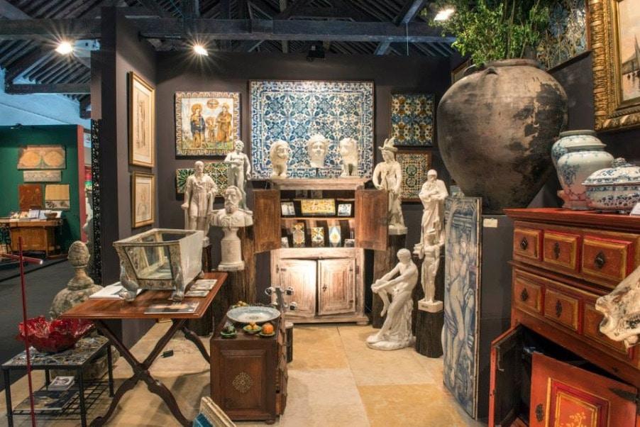 > Boutique Orey Azulejos, azulejos mais aussi mobilier, lampe, sculptures... à Lisbonne.