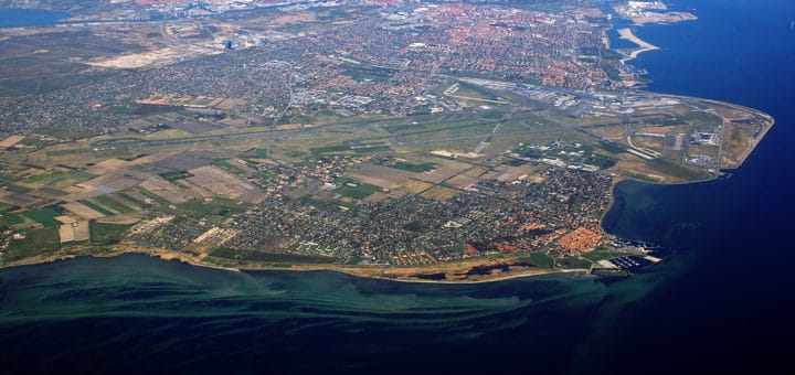 Copenhagen-Airport-from-air_28cropped29.jpg