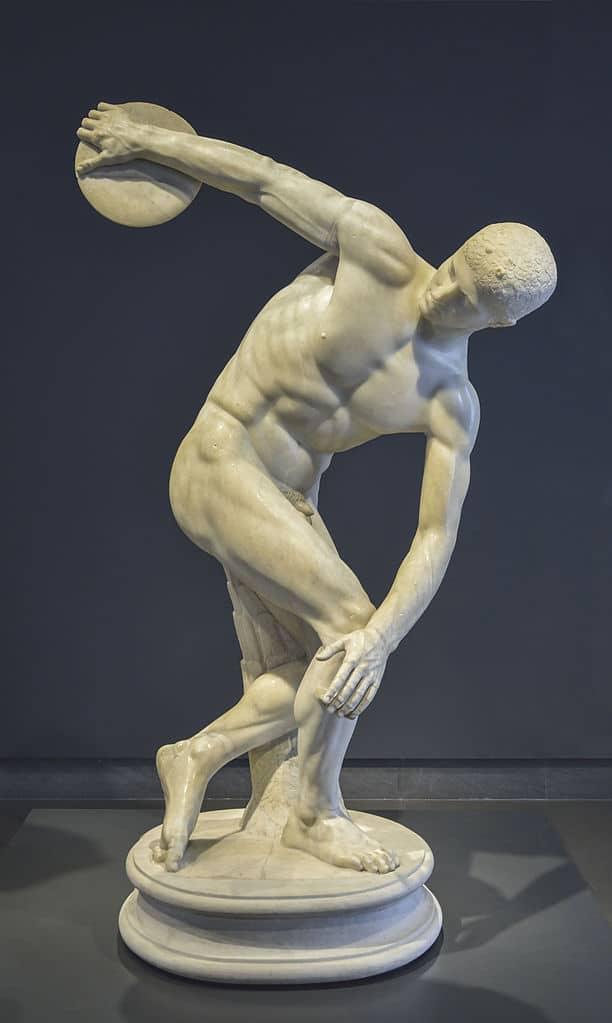 Antiquité du musée national romain : Discobole au Palazzo Massimo alle Terme à Rome. Photo de Livioandronico2013.