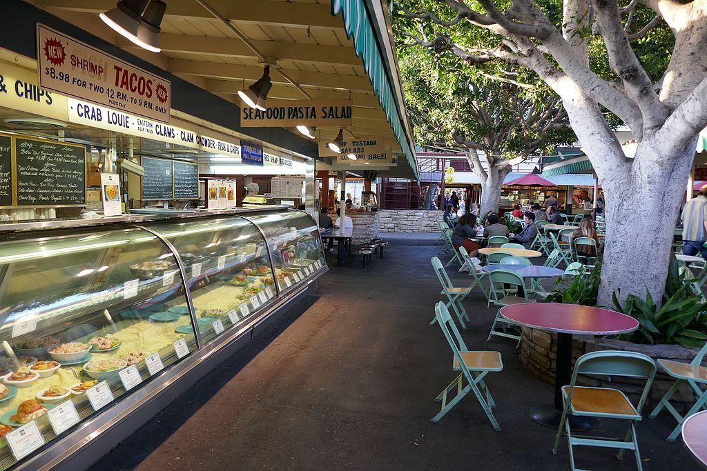 Farmers Market à Los Angeles : Marché et boui-bouis [Wilshire]