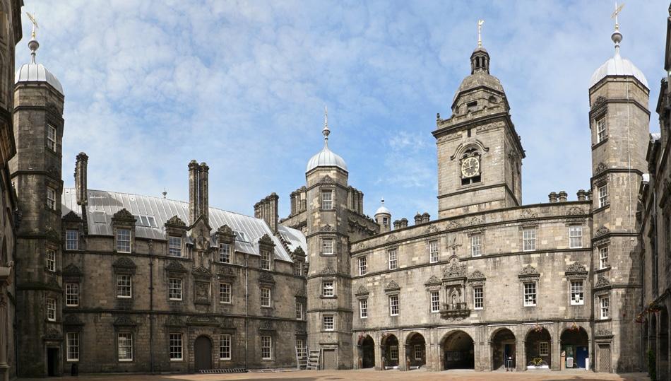 Lieux d'inspiration pour la création d'Harry Potter : Cour de l'Heriot's College d'Edimbourg - Photo d'Oliver-Bonjoch